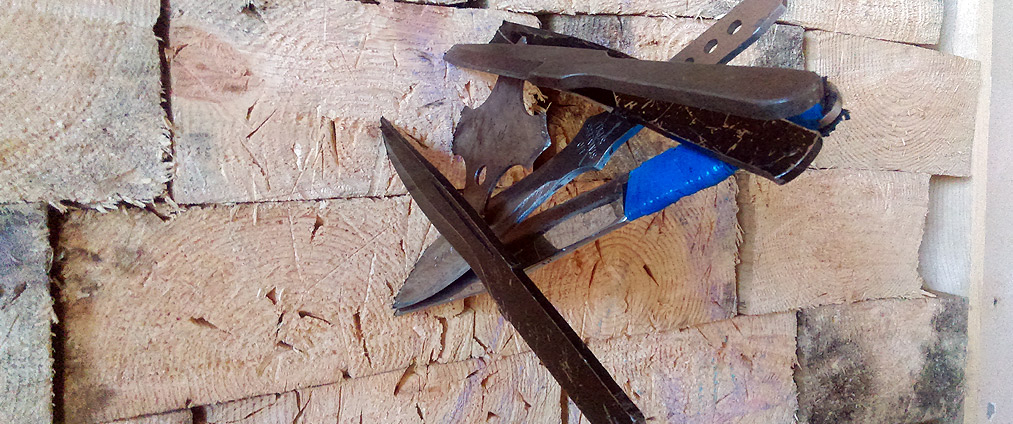 Обучение метанию ножей